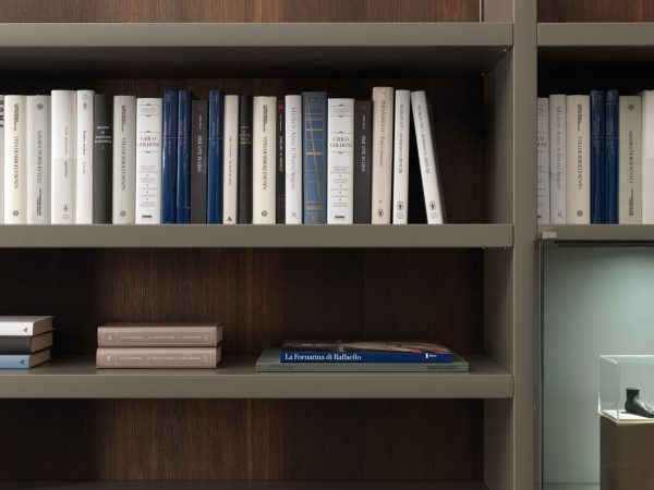a crossing wall system bookcase misuraemme