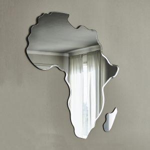 cattelan italia zerkalo africa  scaled